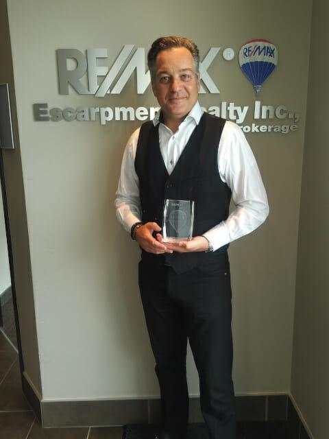 Frank LifeTime Achievment Award for REMAX